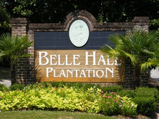 Belle Hall Plantation's entrance